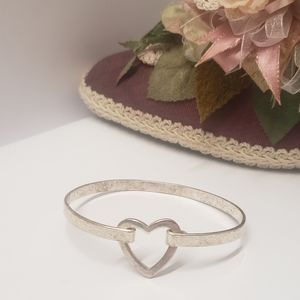 Vintage Silver Tone Heart Bracelet